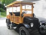 Model T Fords leave GFMRRC (7).jpg